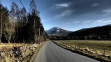 Highlands of Scotland bike tour: from Pitlochry by bicycle - castles, lochs and glens.